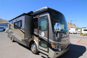 2013 Tiffin Allegro Breeze 32BR