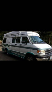 1997 Coach House  192, 193KS Wide body Dodge