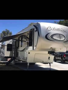2018 Palomino Columbus Compass 377MBC