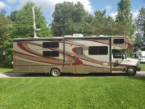 2009 Forest River Forester SunSeeker 3170DS