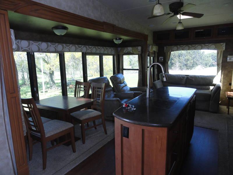 2013 Forest River Sierra 330RL