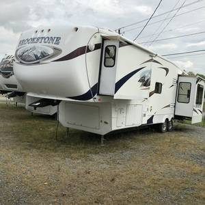 2010 Coachmen Brookstone 341RE