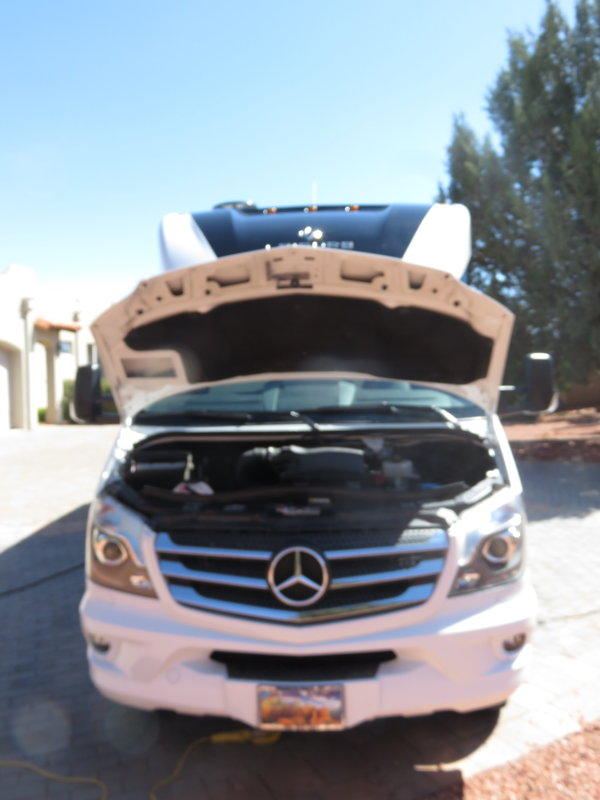 2018 Leisure Travel Vans Unity TB