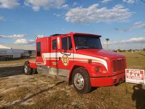 1999 Freightliner  FL60