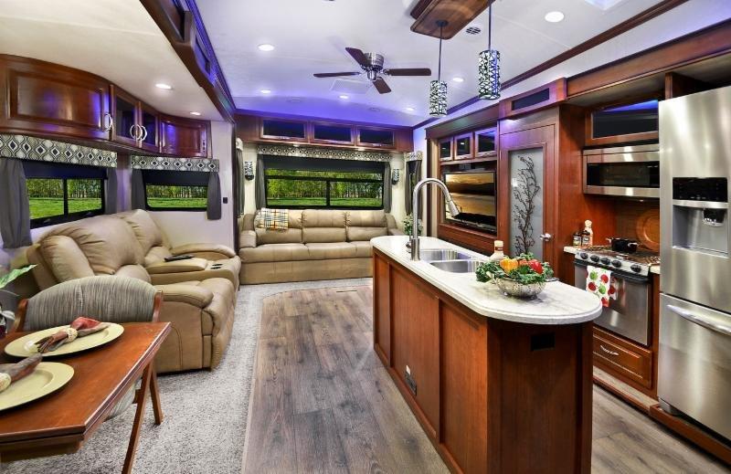2015 EverGreen Bay Hill 369RL