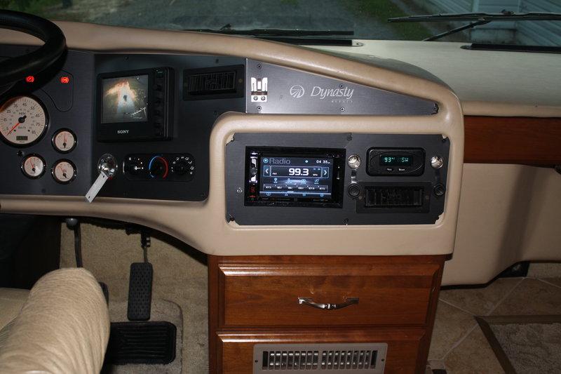 2004 Monaco Dynasty 42 Diamond IV