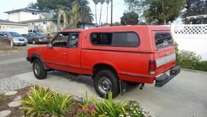 1986 Nissan  720 truck