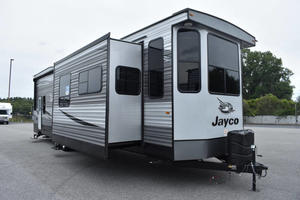 2021 Jayco Jay Flight Bungalow 40LOFT