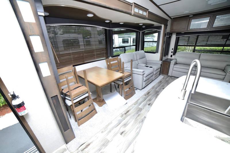 2020 Keystone Cougar 315RLS