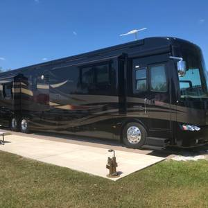2008 Newmar Essex 45 ft.tag axle