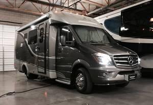 2015 Leisure Travel Vans  24MB