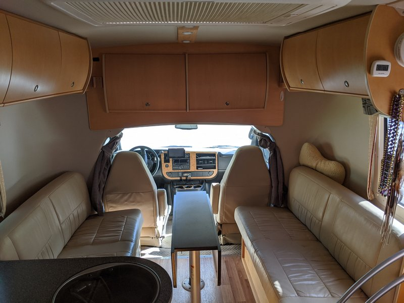 2010 Leisure Travel Vans Freedom II Libero