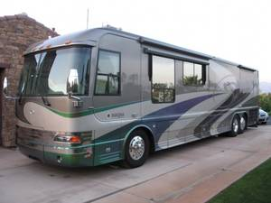 2004 Country Coach Magna Chalet 515 Limited Edition