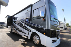 2021 Holiday Rambler Vacationer 35K