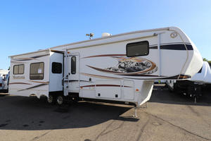 2013 Keystone Montana 3400RL