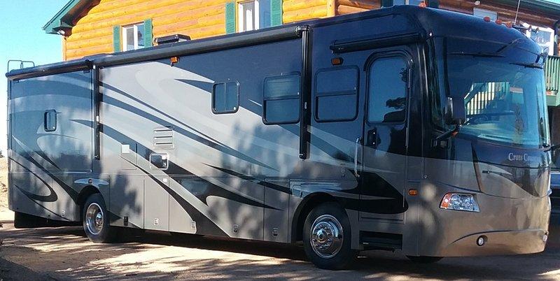 2008 Coachmen Cross Country 382DS