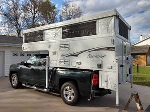 2018 Northstar Campers  850SC