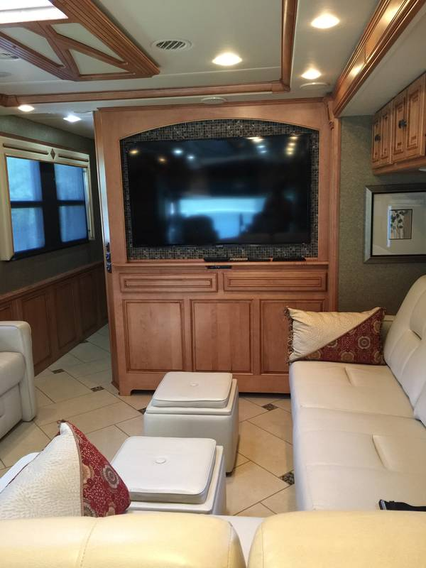 Safe Site Checker >> 2013 Winnebago Tour 42GD, Class A - Diesel RV For Sale By Owner in Meggett, South Carolina | RVT ...