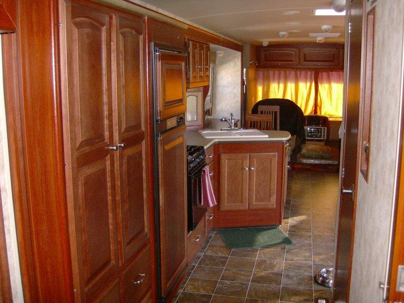 2011 Winnebago Sightseer 33C