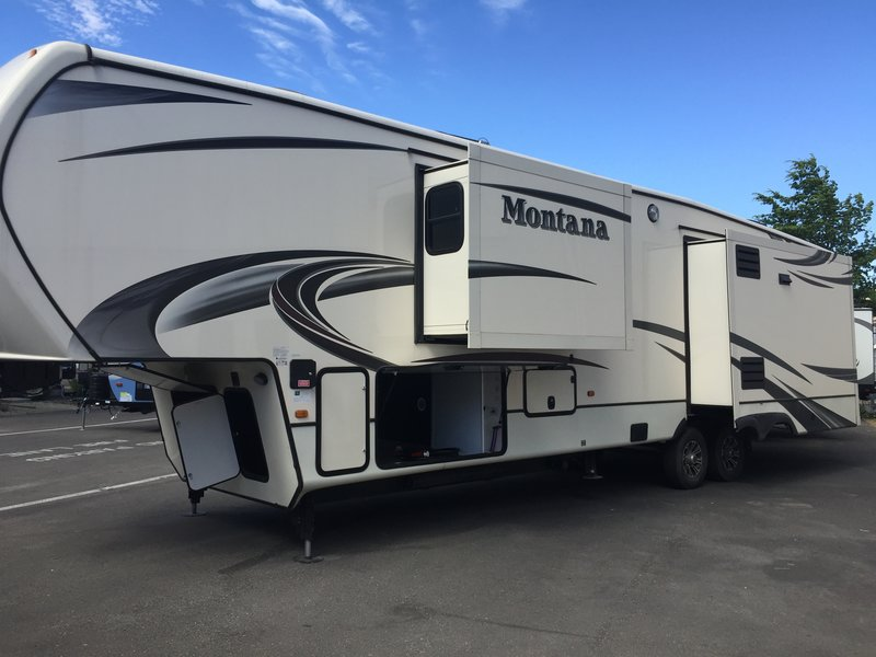 2015 Keystone Montana 3910FB