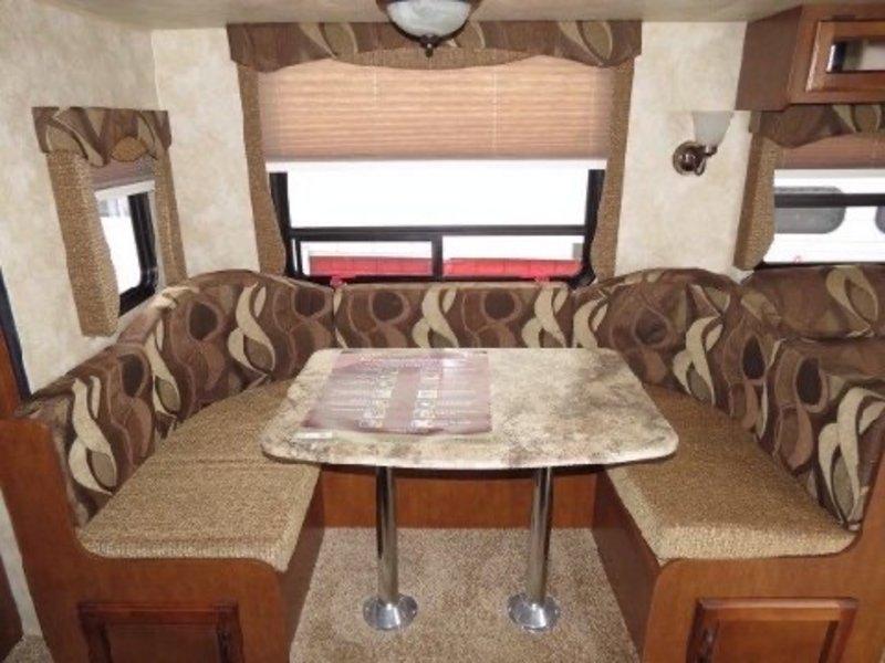2013 Coachmen Catalina Deluxe Edition 38Bh