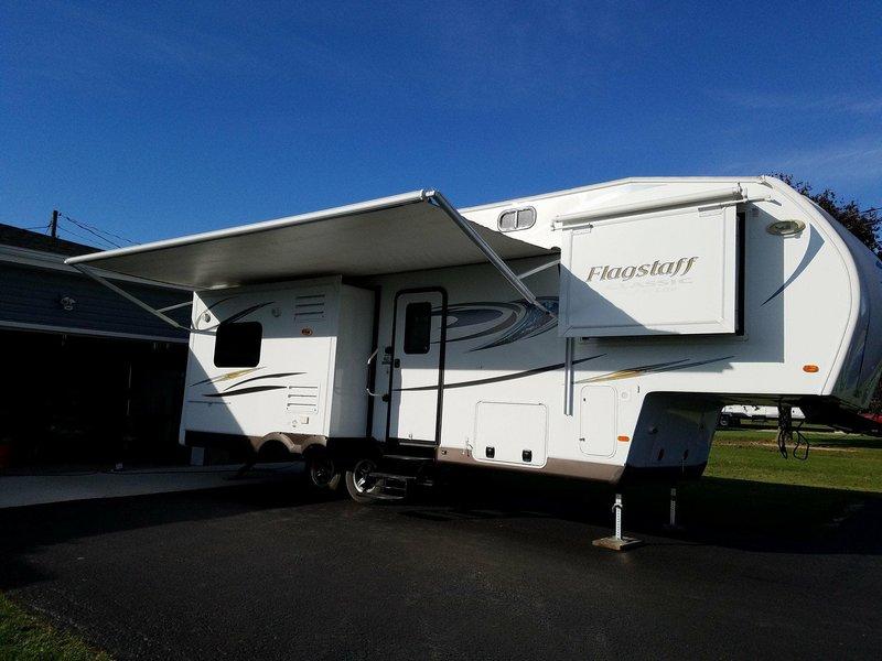 2014 Forest River Flagstaff Super Lite 8526RLWS