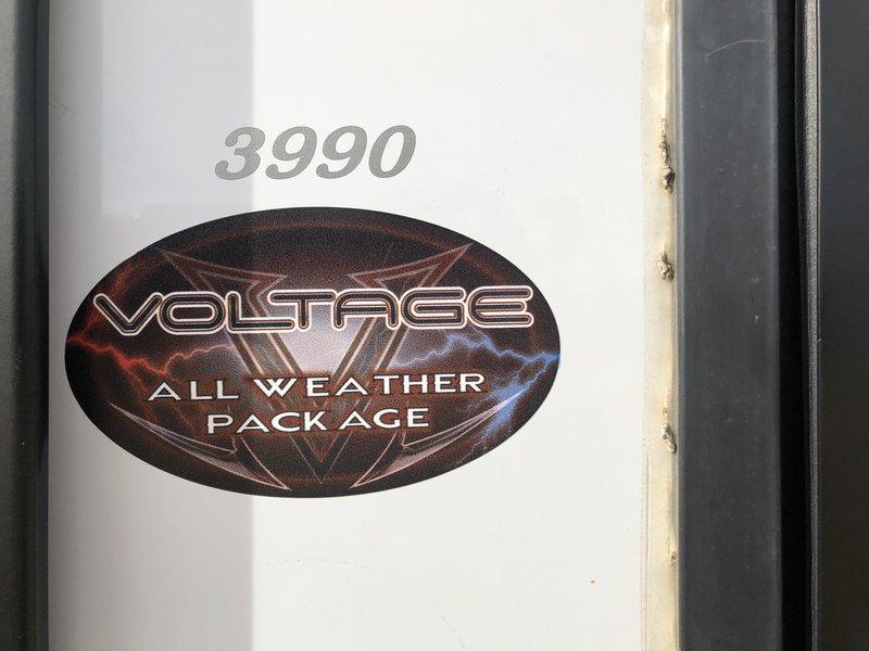 2018 Dutchmen Voltage Epic 3990