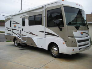 Itasca Sunova RVs Reviews