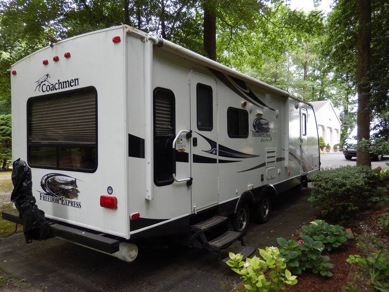 2013 Coachmen Freedom Express Liberty Edition 281RLDS