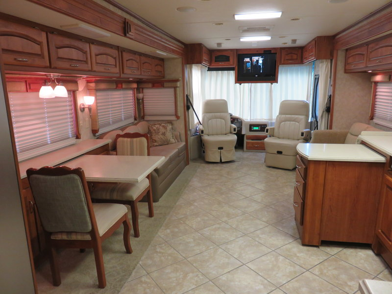 2007 Holiday Rambler Endeavor 40PRQ