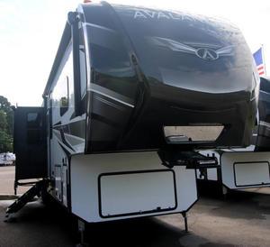 2021 Keystone Avalanche 395BH