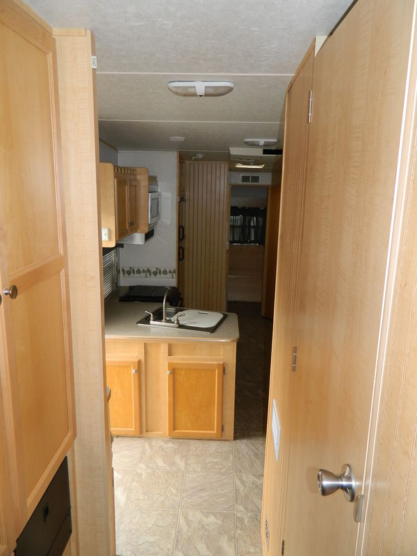 2004 R-Vision Trail Cruiser 529BH