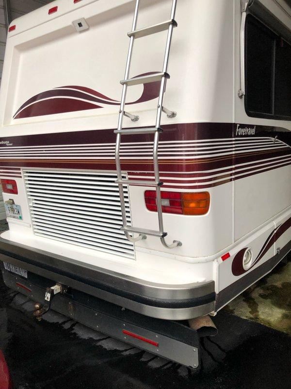 1994 Foretravel Motorcoach Grand Villa Unihome 367r