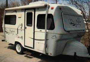 2003 Bigfoot RV 1500 15B17CB