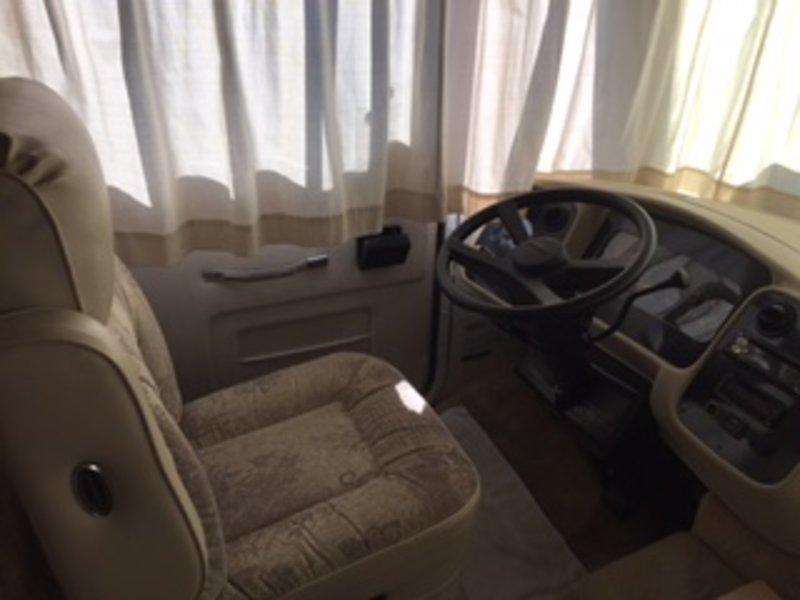 2002 Tiffin Allegro 261A