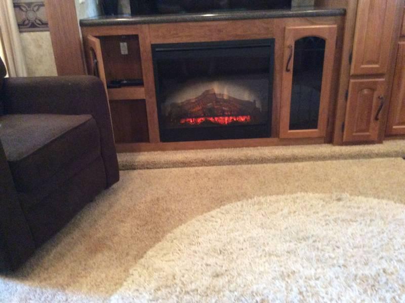 2013 Keystone Montana Hickory 3582RL