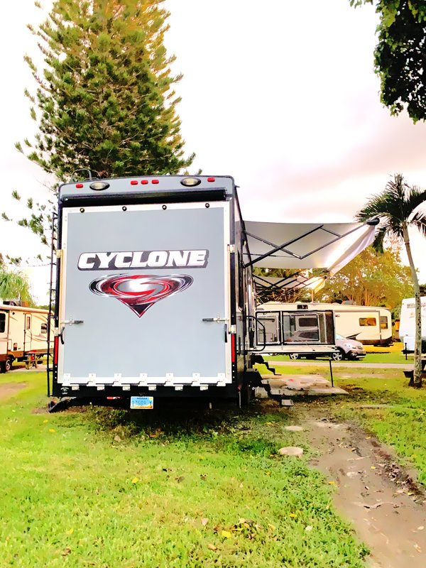 2016 Heartland Cyclone CY4200