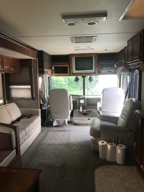 2005 Fleetwood Pace Arrow C37