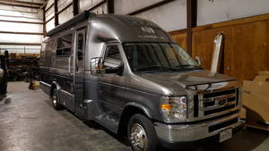 2018 Coach House Platinum 261XLQD