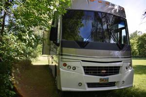 2008 Winnebago Journey 35L