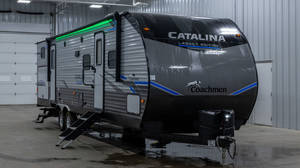 2021 Coachmen Catalina Legacy Edition 323BHDS