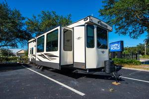2020 Keystone Residence 401LOFT