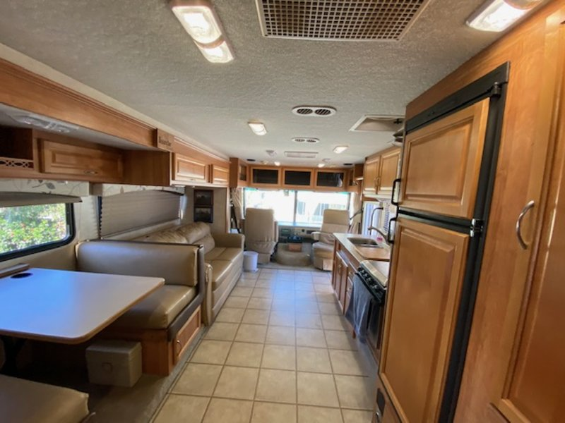 2010 Fleetwood Bounder Classic 35S