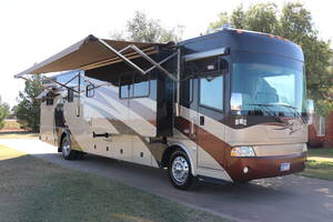 2006 Country Coach Inspire 360 Genoa