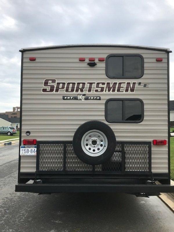 2018 KZ Sportsmen LE 271BHLE