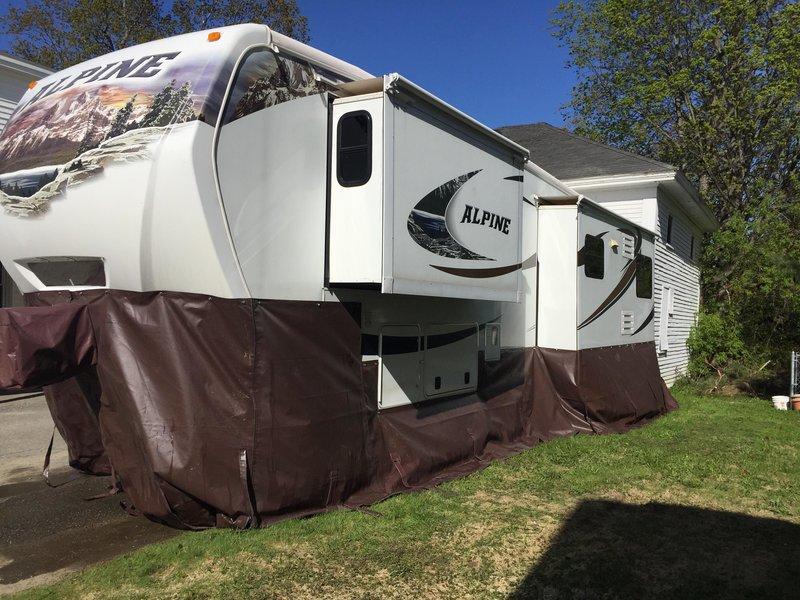 2010 Keystone Alpine 3640RL