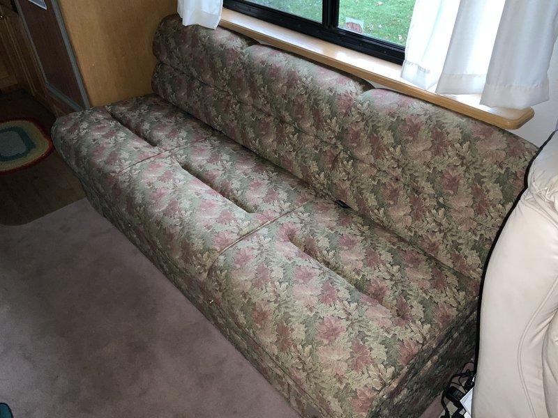 1997 Foretravel Motorcoach Unicoach 4000 U270