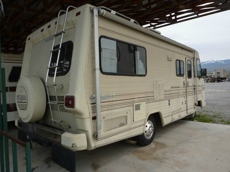1987 Winnebago Chieftain