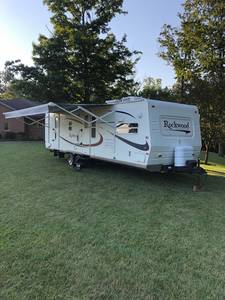 2005 Forest River Rockwood 8315SS