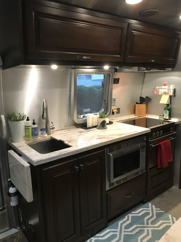 2015 Airstream Classic Limited 30